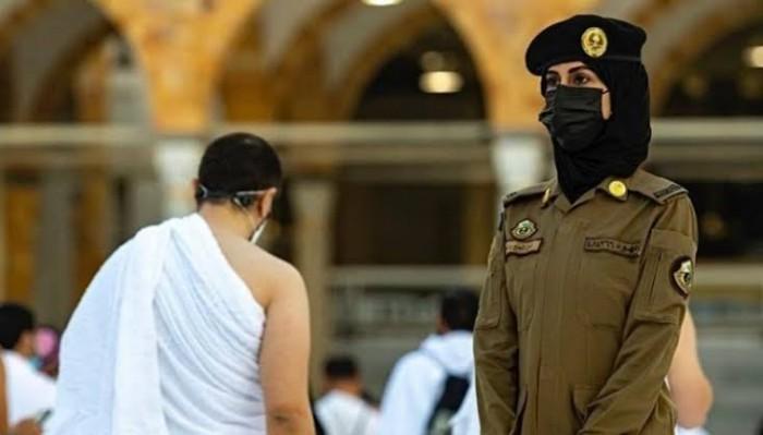 Haji 2021, Muncul Fenomena Hadirnya Polisi  Wanita